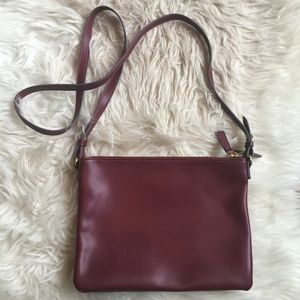 Old Navy Dual-Zip Crossbody Bag